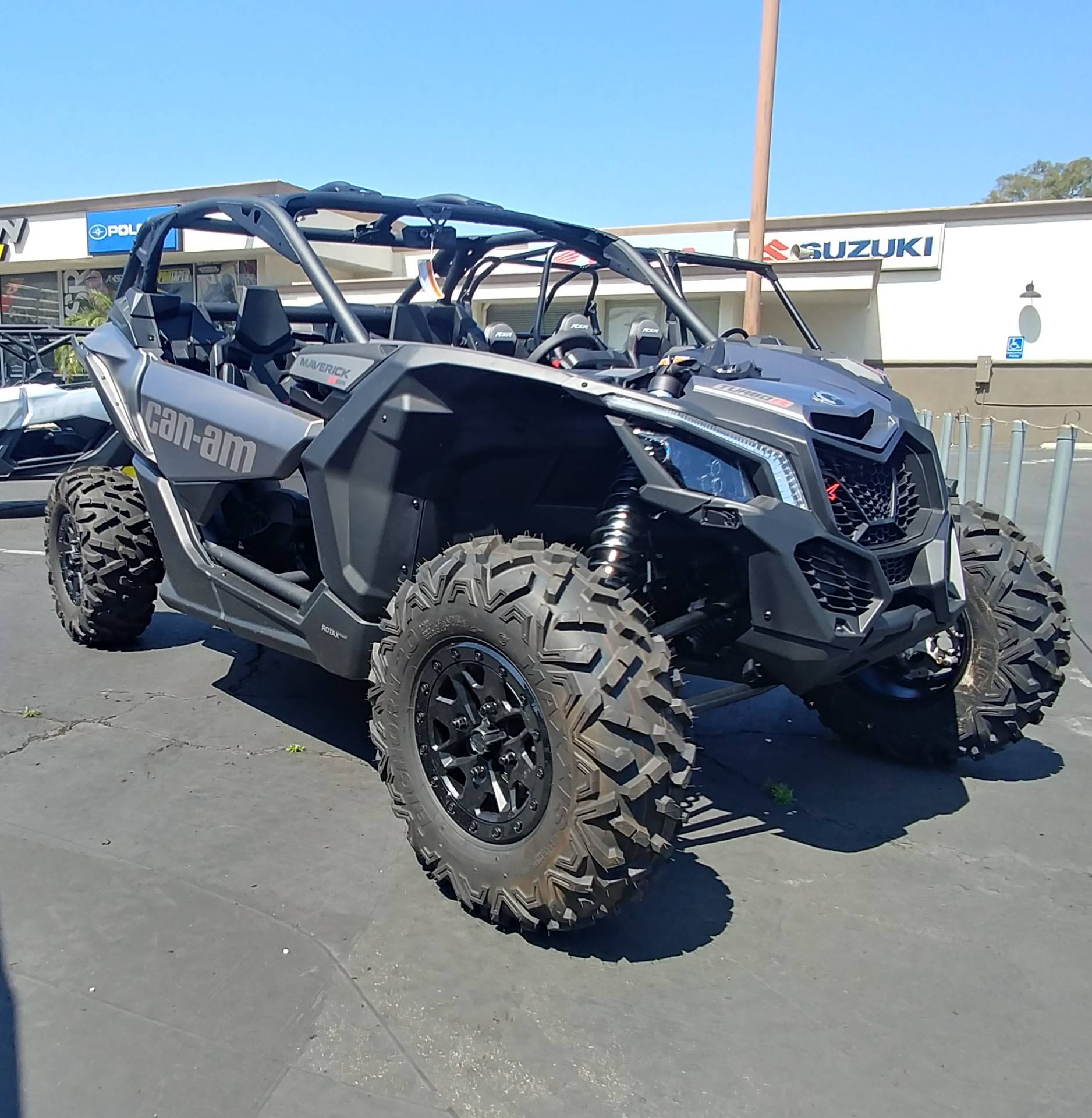 2019 Can-Am� Maverick X3 X ds Turbo R 4
