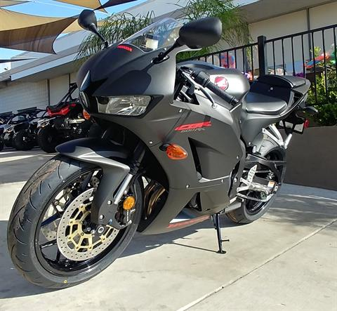 2019 Honda CBR600RR in Ontario, California - Photo 3