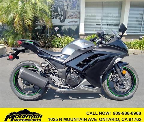 2015 Kawasaki Ninja® 300 SE in Ontario, California - Photo 1