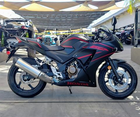 2020 Honda CBR300R in Ontario, California - Photo 2