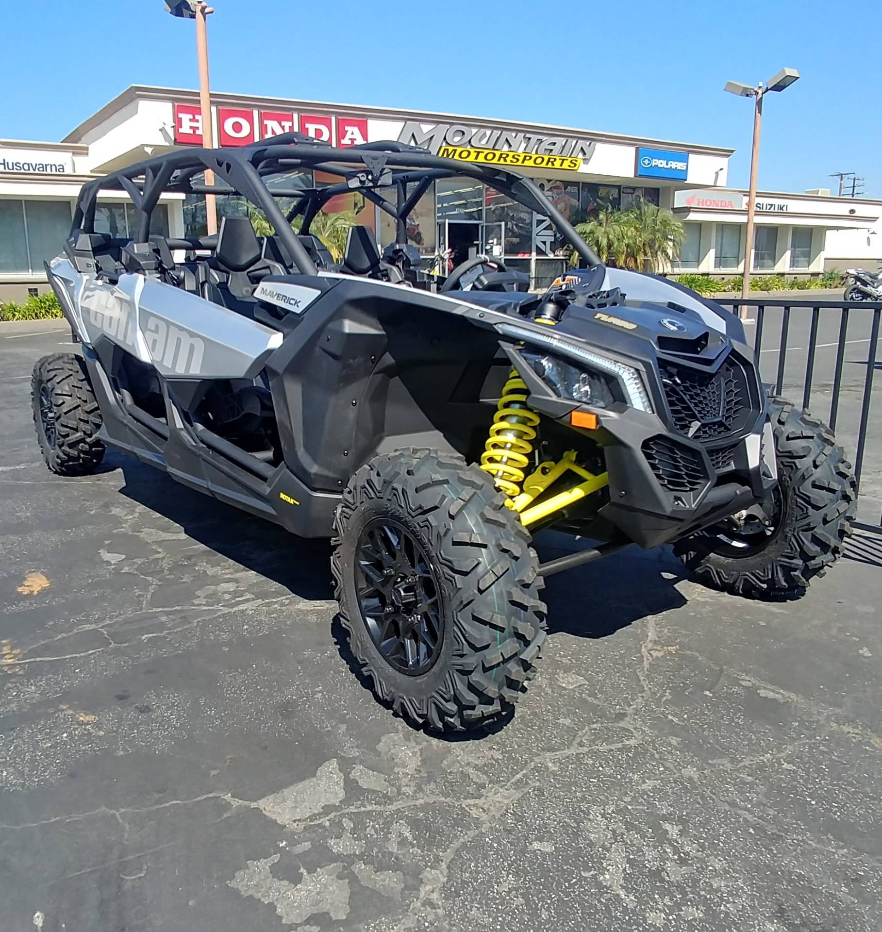 2019 Can-Am Maverick X3 Max Turbo in Ontario, California - Photo 4