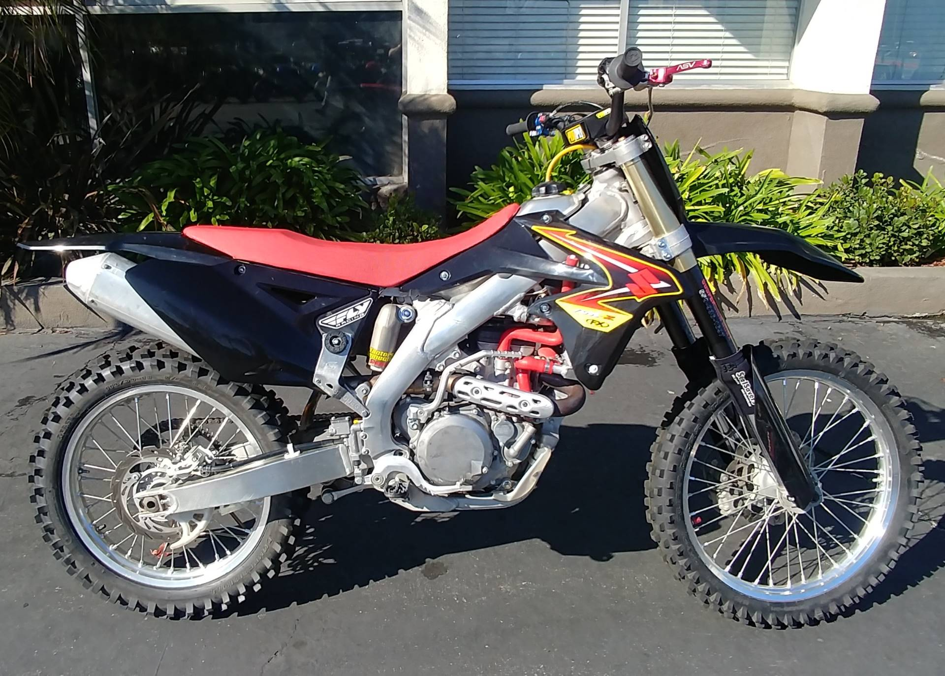 2013 Suzuki RM-Z450 in Ontario, California - Photo 6