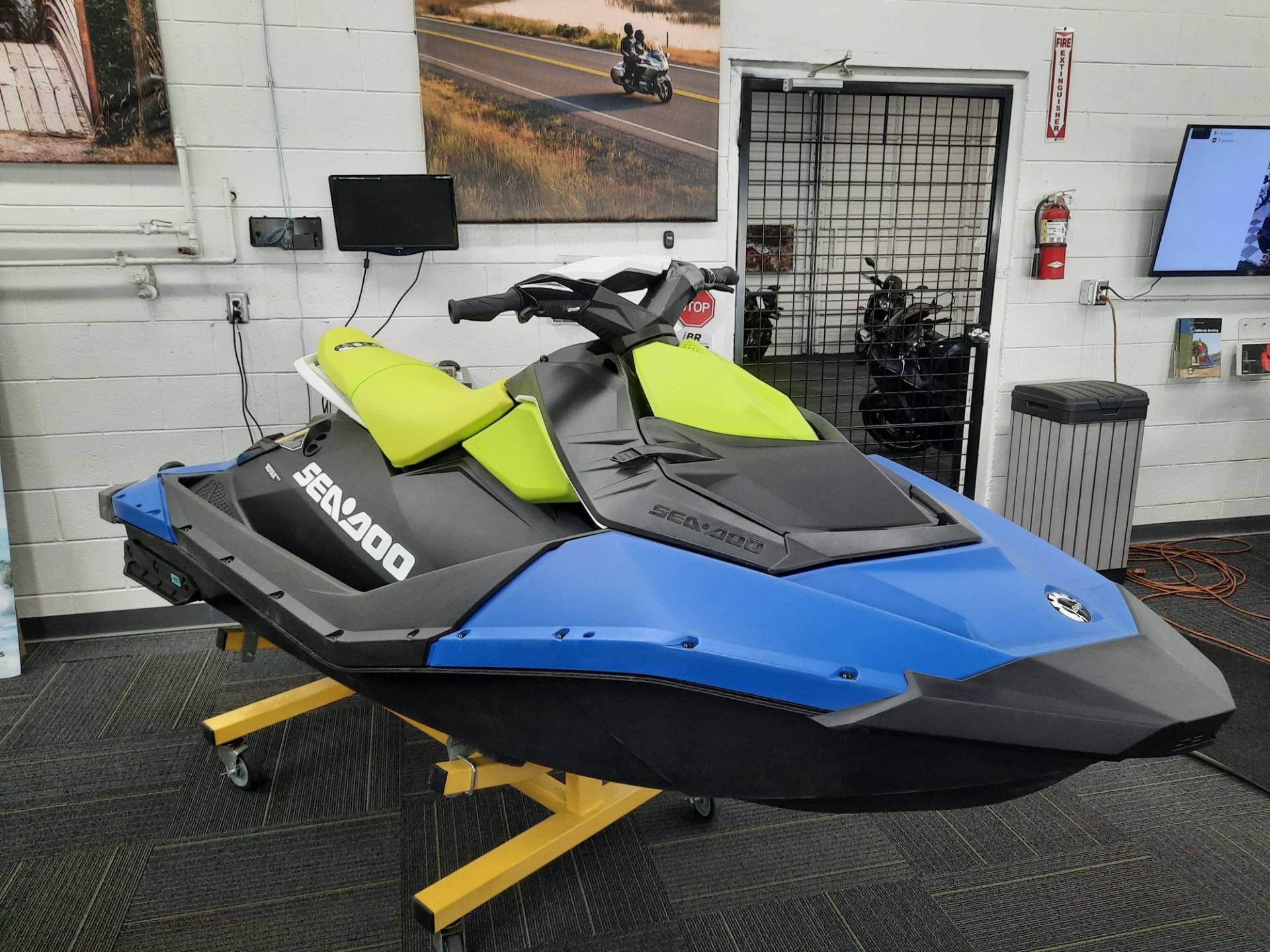 2021 Sea-Doo Spark 2up 90 hp iBR + Convenience Package in Ontario, California - Photo 3