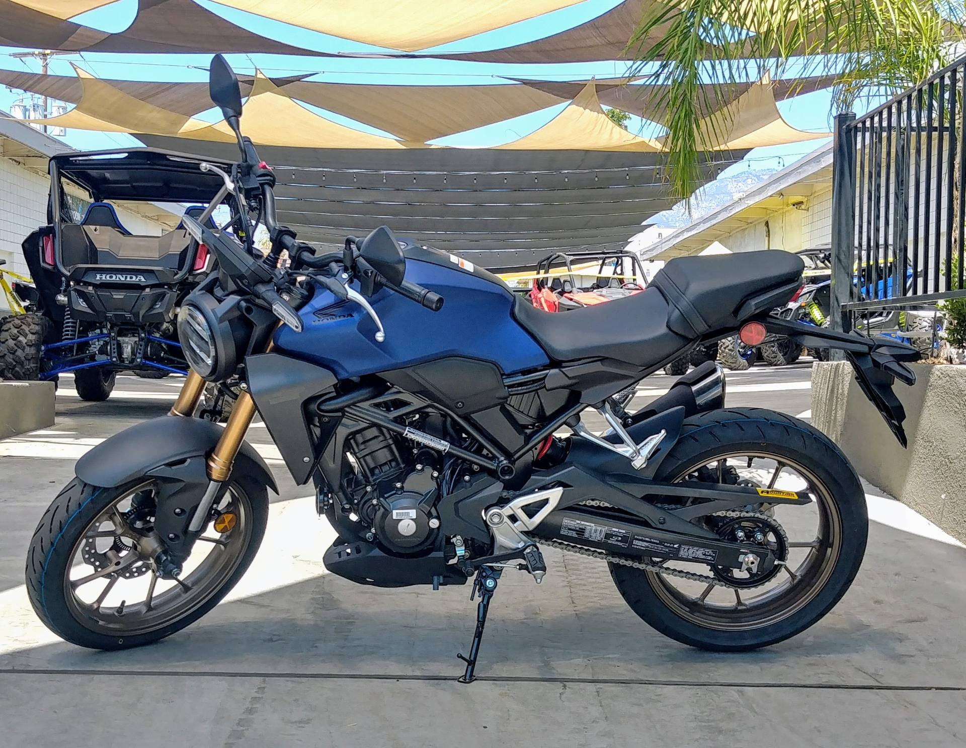 2021 Honda CB300R ABS in Ontario, California - Photo 7
