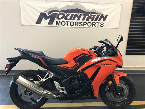 2016 Honda CBR300R in Ontario, California