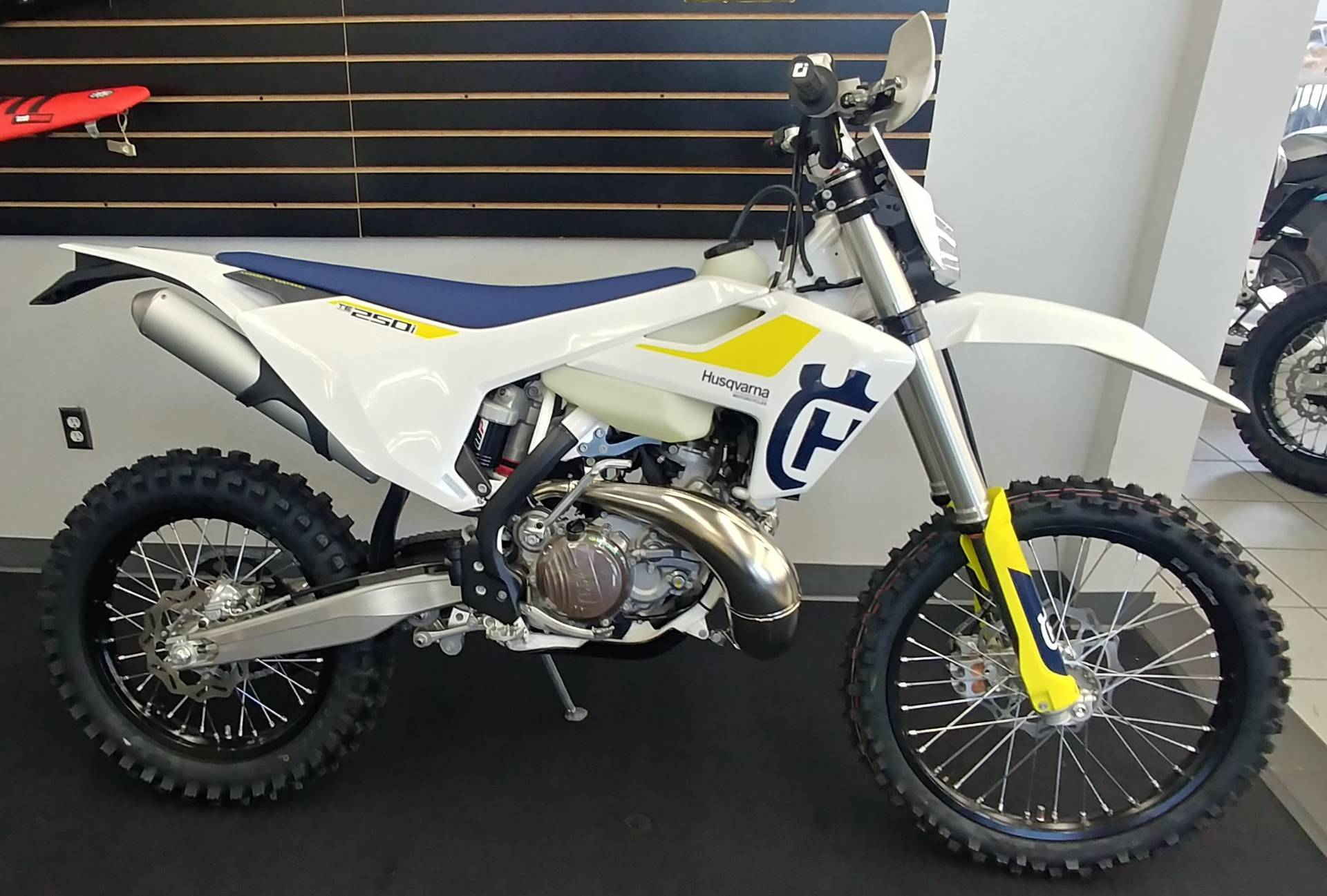 2019 Husqvarna TE 250i in Ontario, California - Photo 2