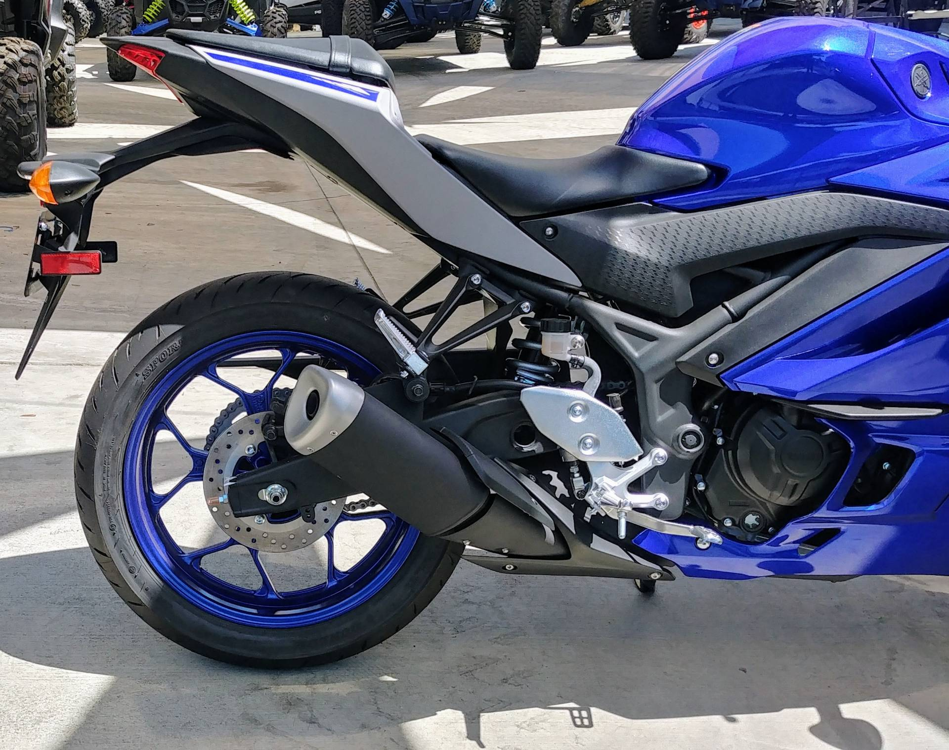 2020 Yamaha YZF-R3 in Ontario, California - Photo 7