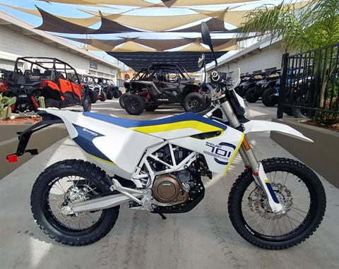 2019 Husqvarna 701 Enduro in Ontario, California - Photo 2