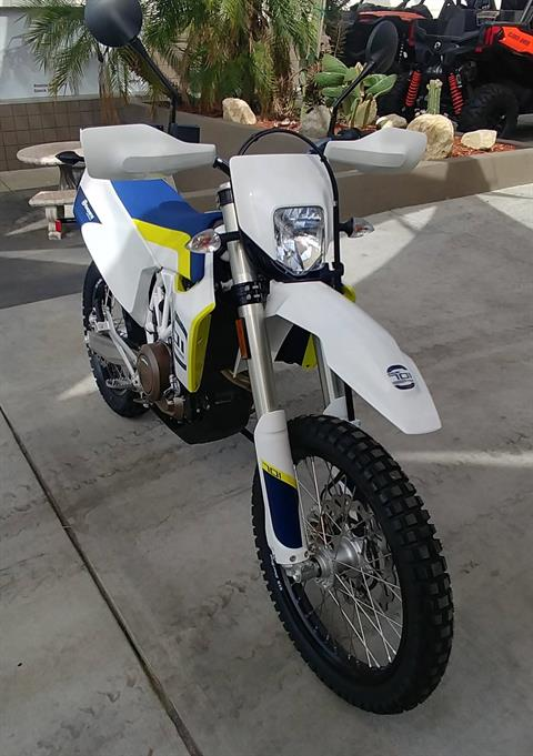 2019 Husqvarna 701 Enduro in Ontario, California - Photo 5