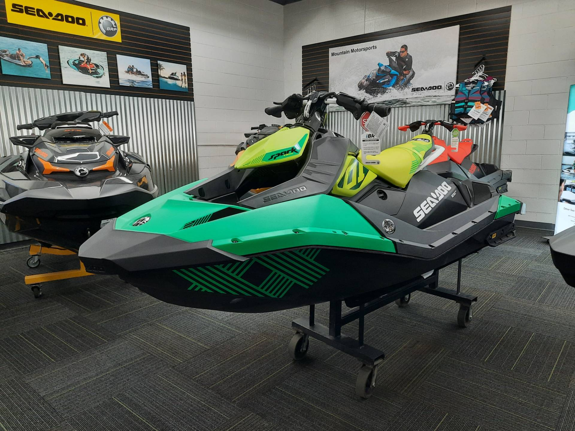 2021 Sea-Doo Spark Trixx 2up iBR in Ontario, California - Photo 11