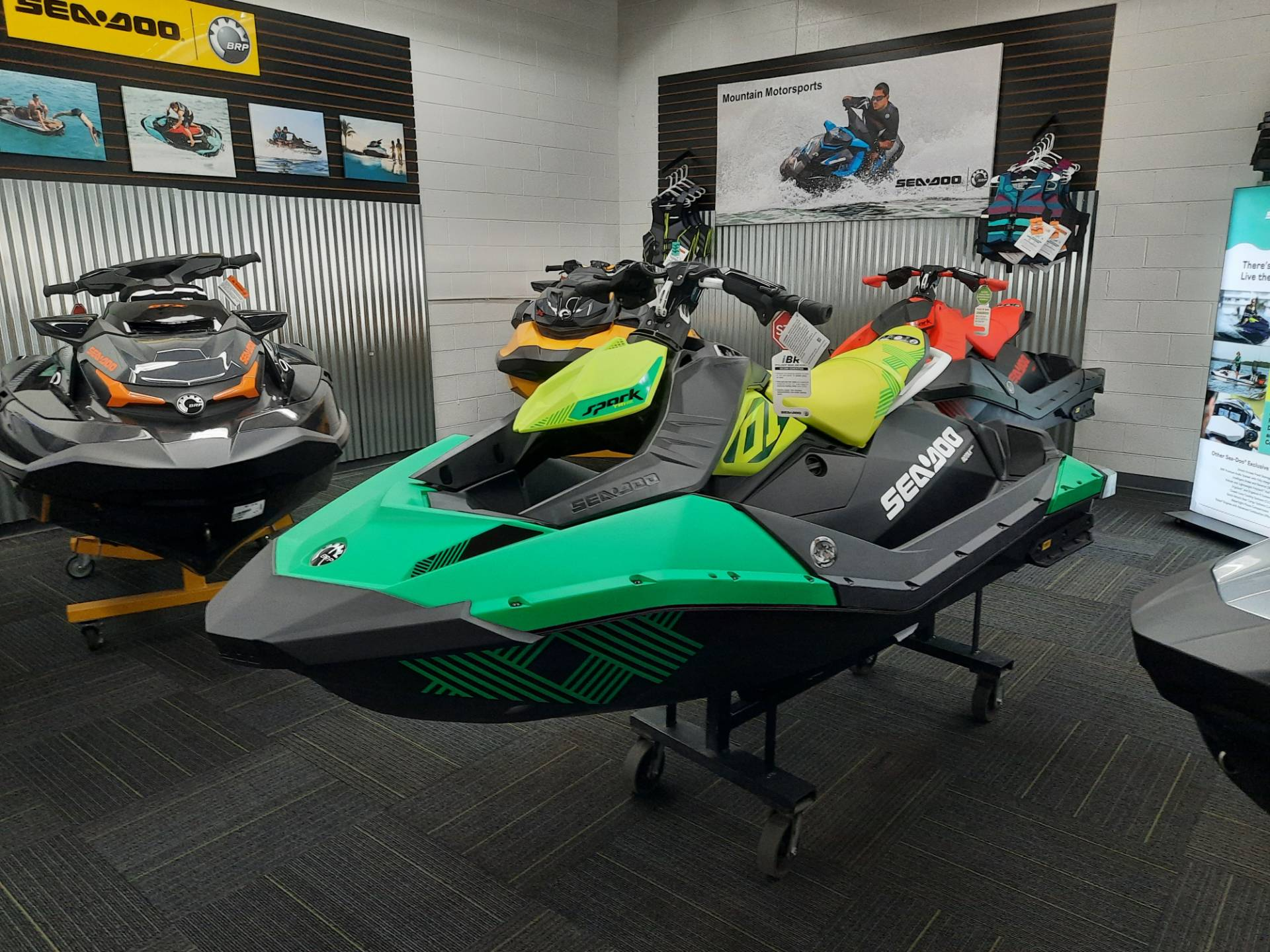 2021 Sea-Doo Spark Trixx 2up iBR in Ontario, California - Photo 12
