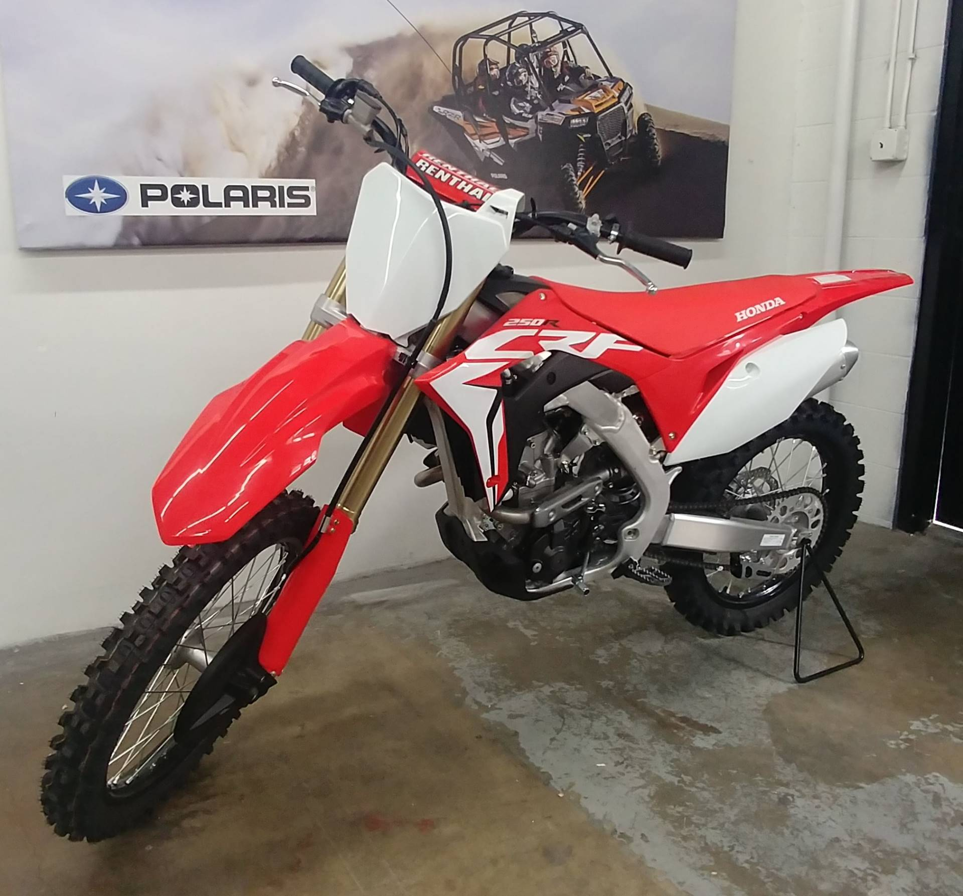 2019 Honda CRF250R in Ontario, California - Photo 3