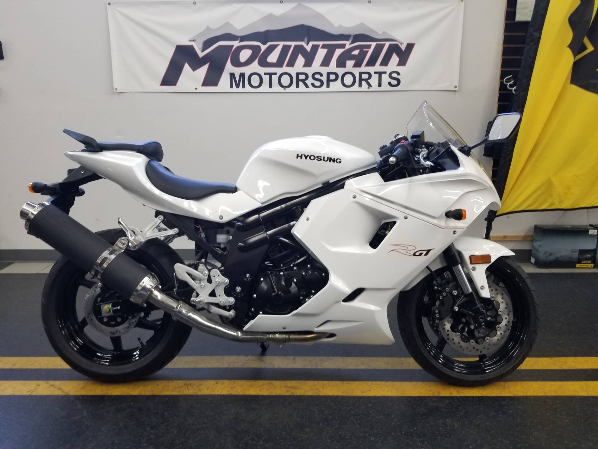 2016 Hyosung GT650R for sale 1924