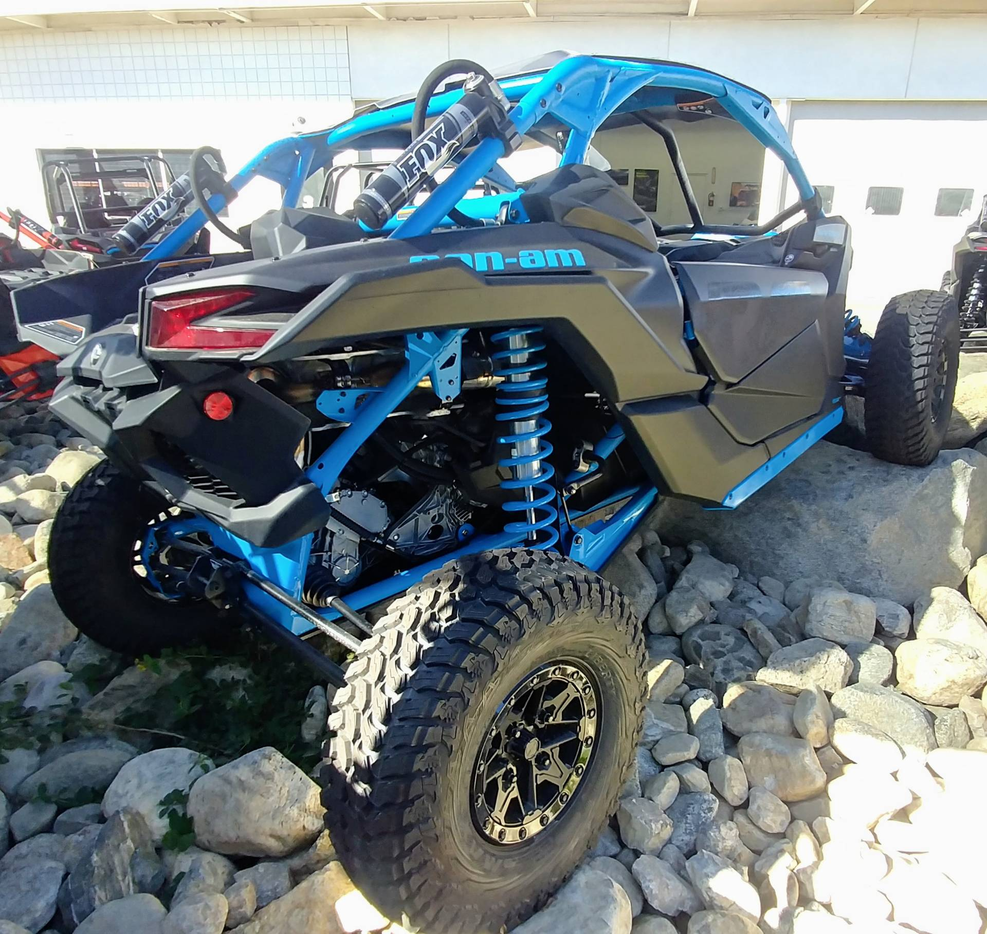 2019 Can-Am Maverick X3 X rc Turbo R in Ontario, California - Photo 4