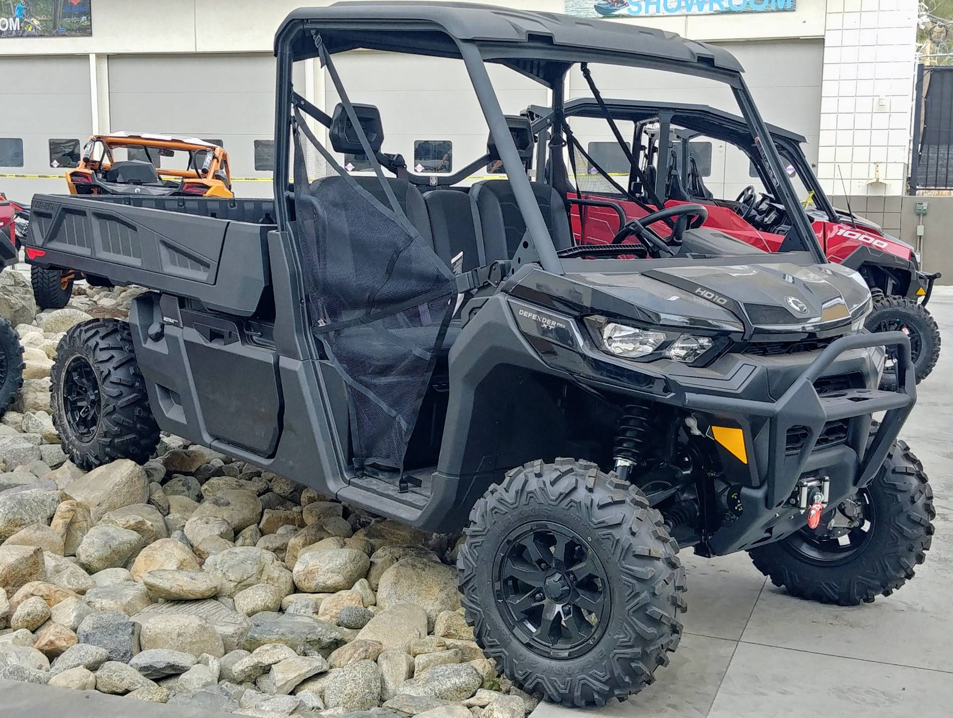 2020 Can-Am Defender Pro XT HD10 in Ontario, California - Photo 9