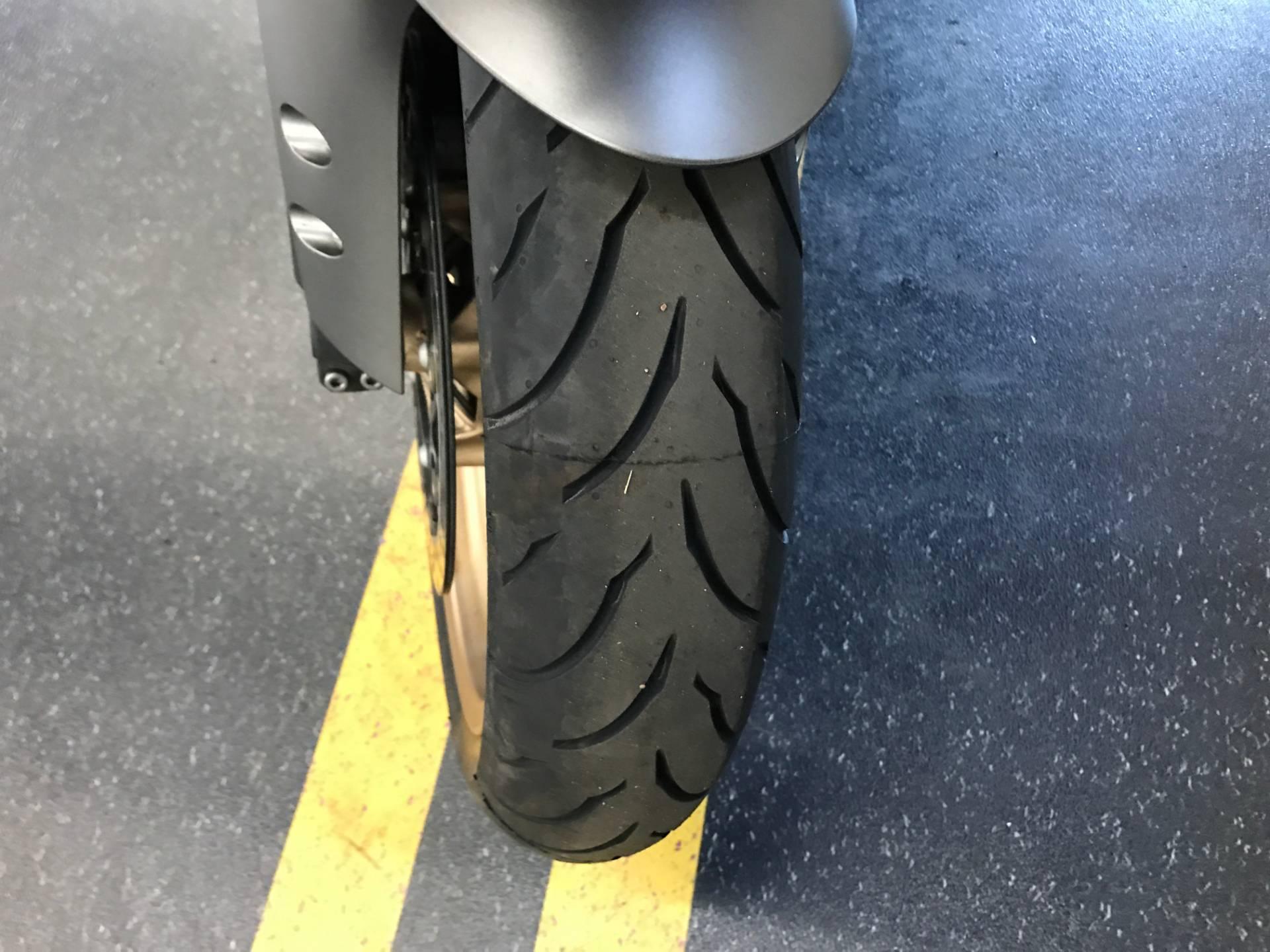 2014 Yamaha YZF-R1 6