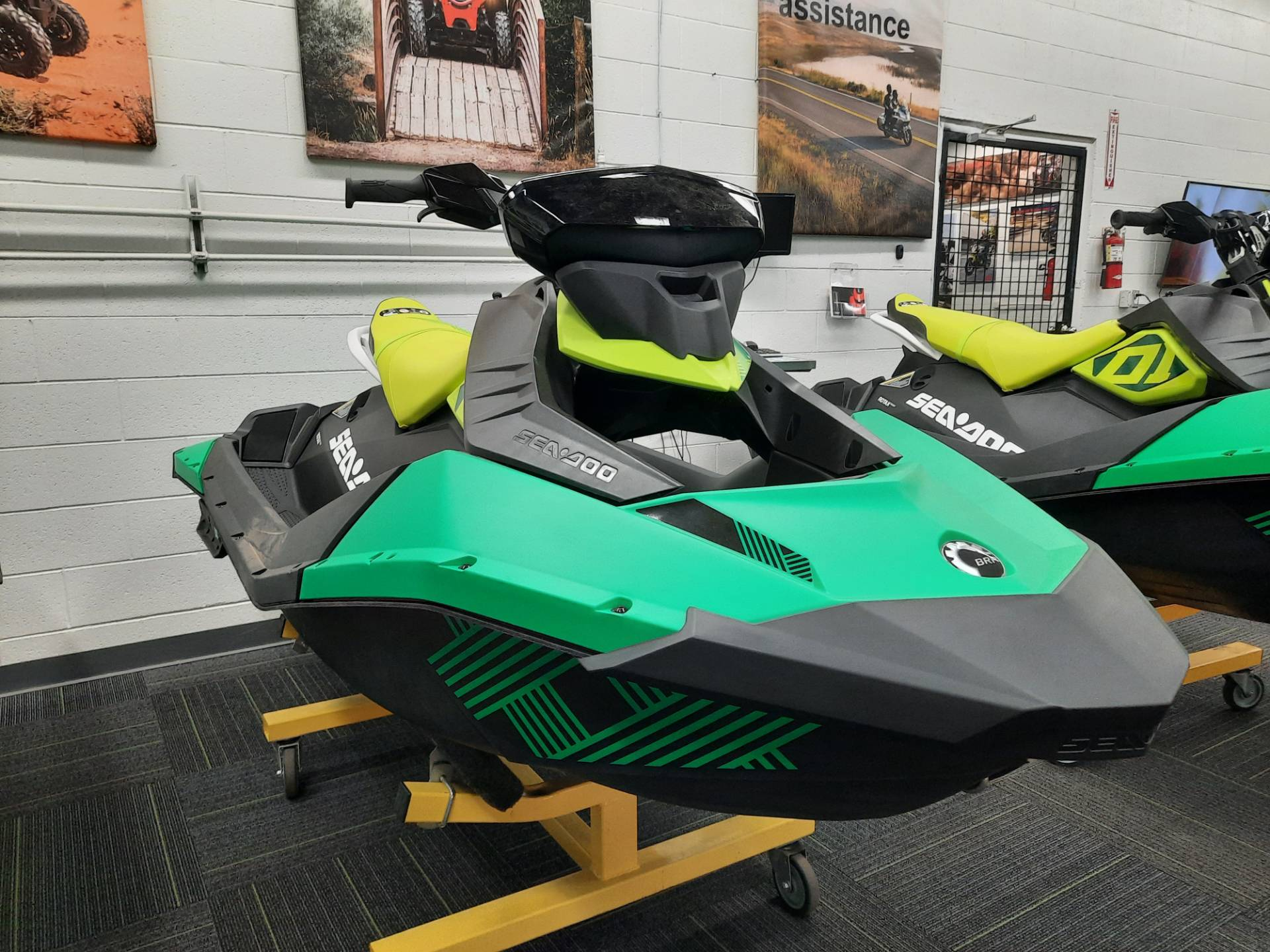 2021 Sea-Doo Spark Trixx 2up iBR + Sound System in Ontario, California - Photo 6
