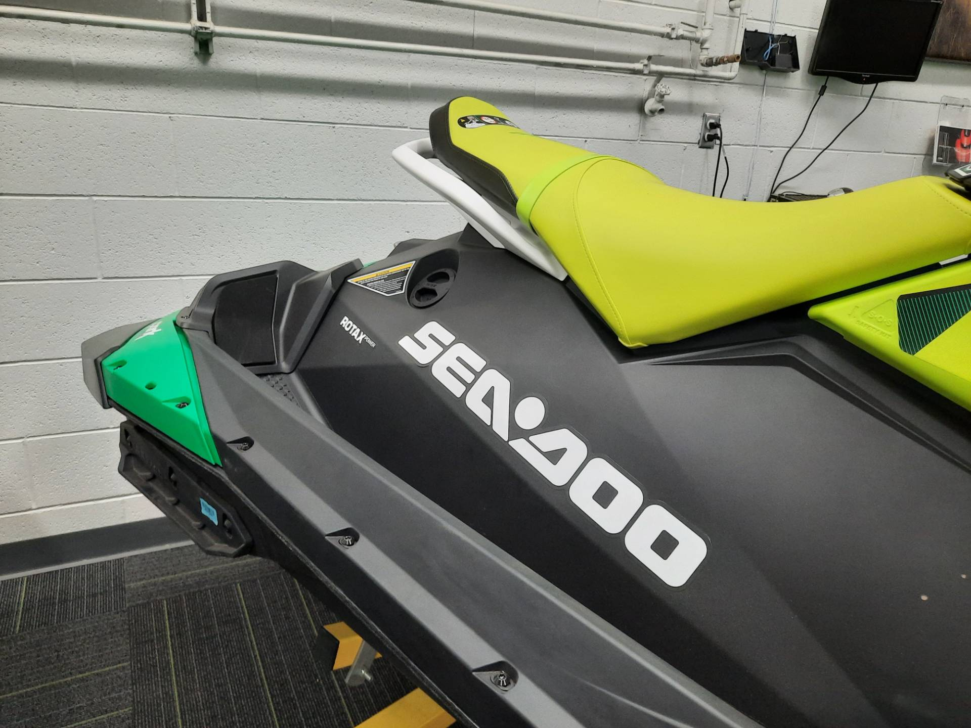 2021 Sea-Doo Spark Trixx 2up iBR + Sound System in Ontario, California - Photo 8