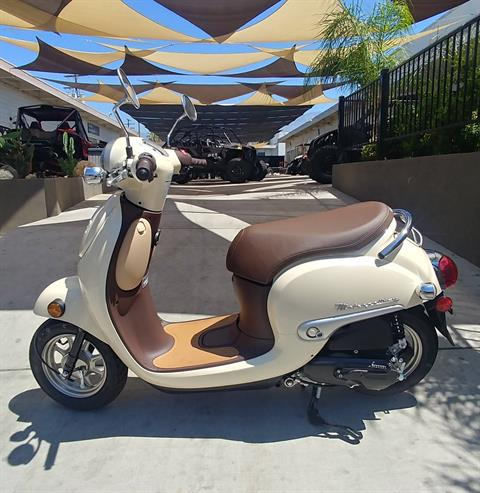 2018 Honda Metropolitan in Ontario, California - Photo 4