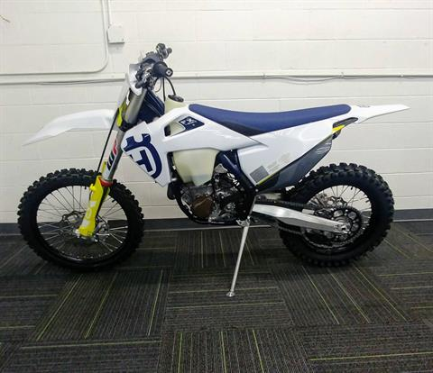 2020 Husqvarna FX 450 in Ontario, California - Photo 2