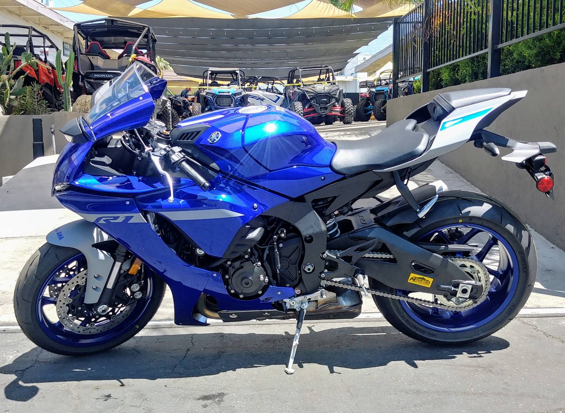 2020 Yamaha YZF-R1 in Ontario, California - Photo 6