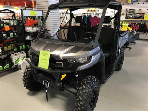 2018 Can-Am Defender XT HD10 in Hillman, Michigan - Photo 1