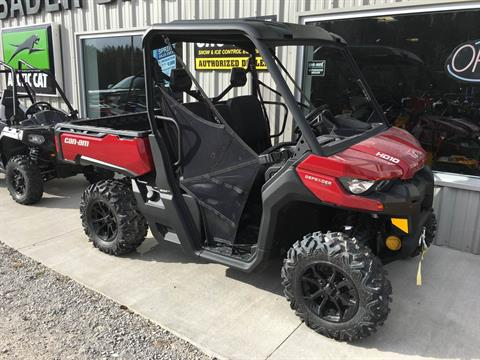 2016 Can-Am Defender XT HD10 in Hillman, Michigan