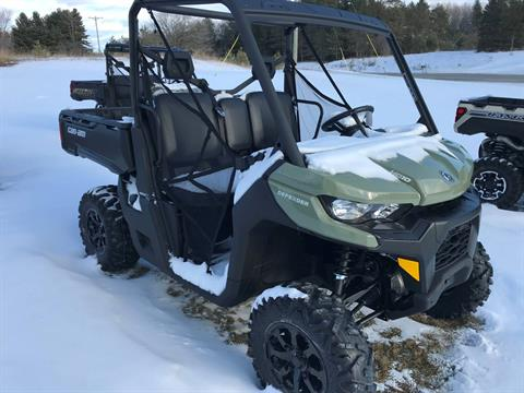 2020 Can-Am Defender DPS HD10 in Hillman, Michigan