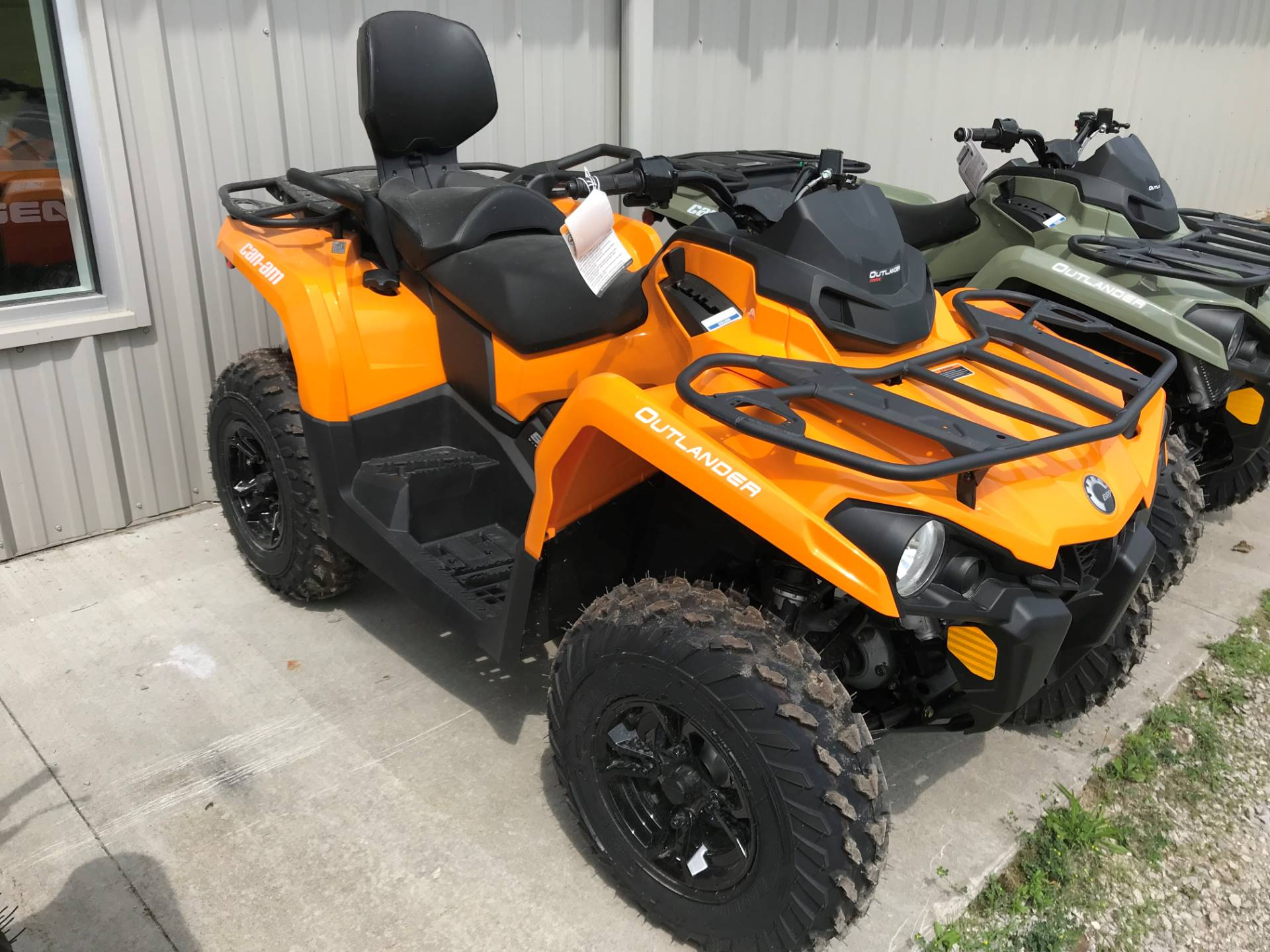 2019 Can-Am Outlander MAX DPS 570 in Hillman, Michigan - Photo 1