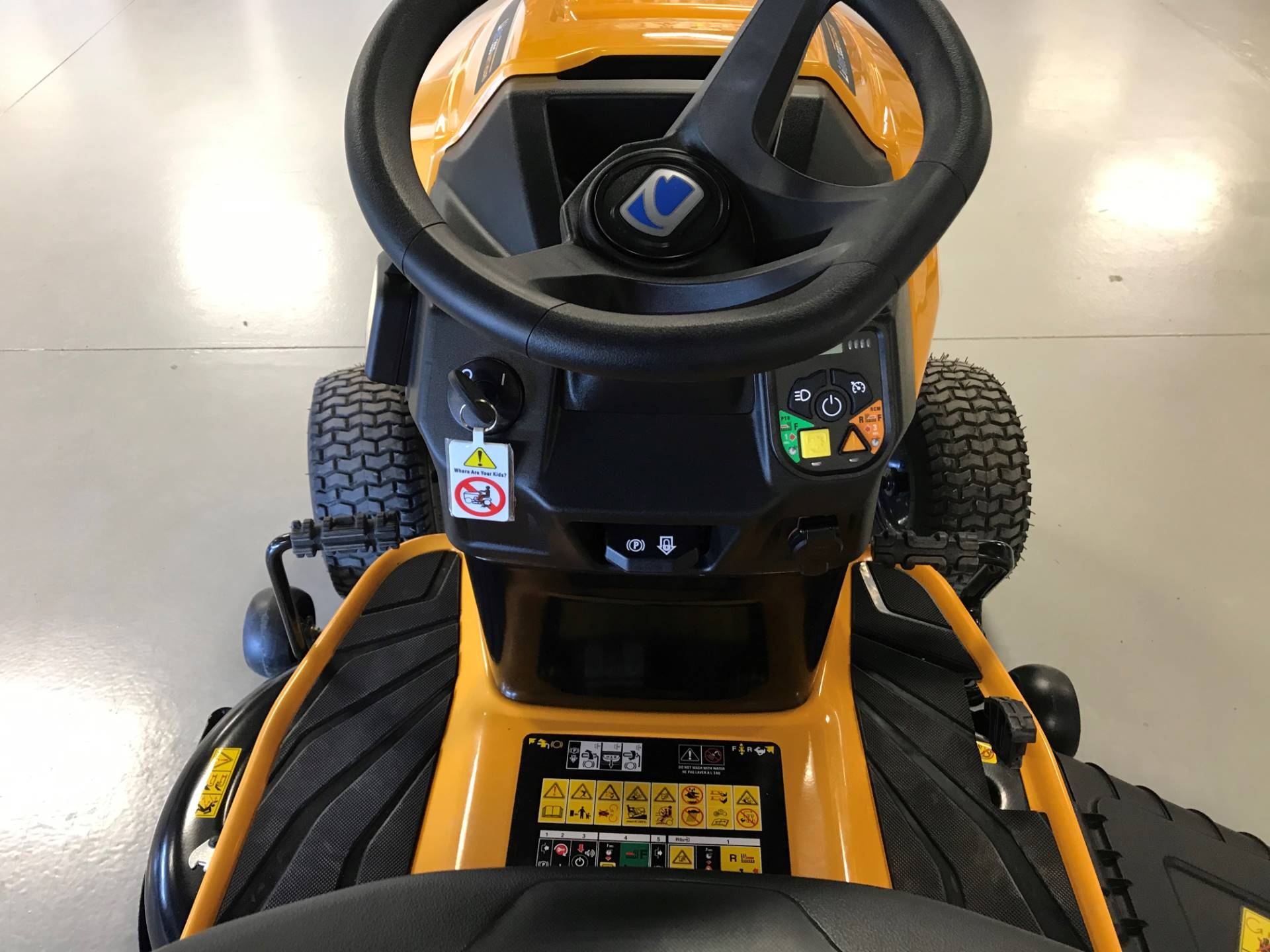 2020 Cub Cadet LT42 E 42 in. Electric in Hillman, Michigan - Photo 3