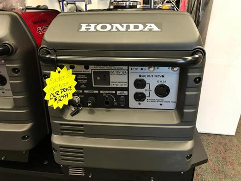Honda Power Equipment EU3000iS in Escanaba, Michigan - Photo 1