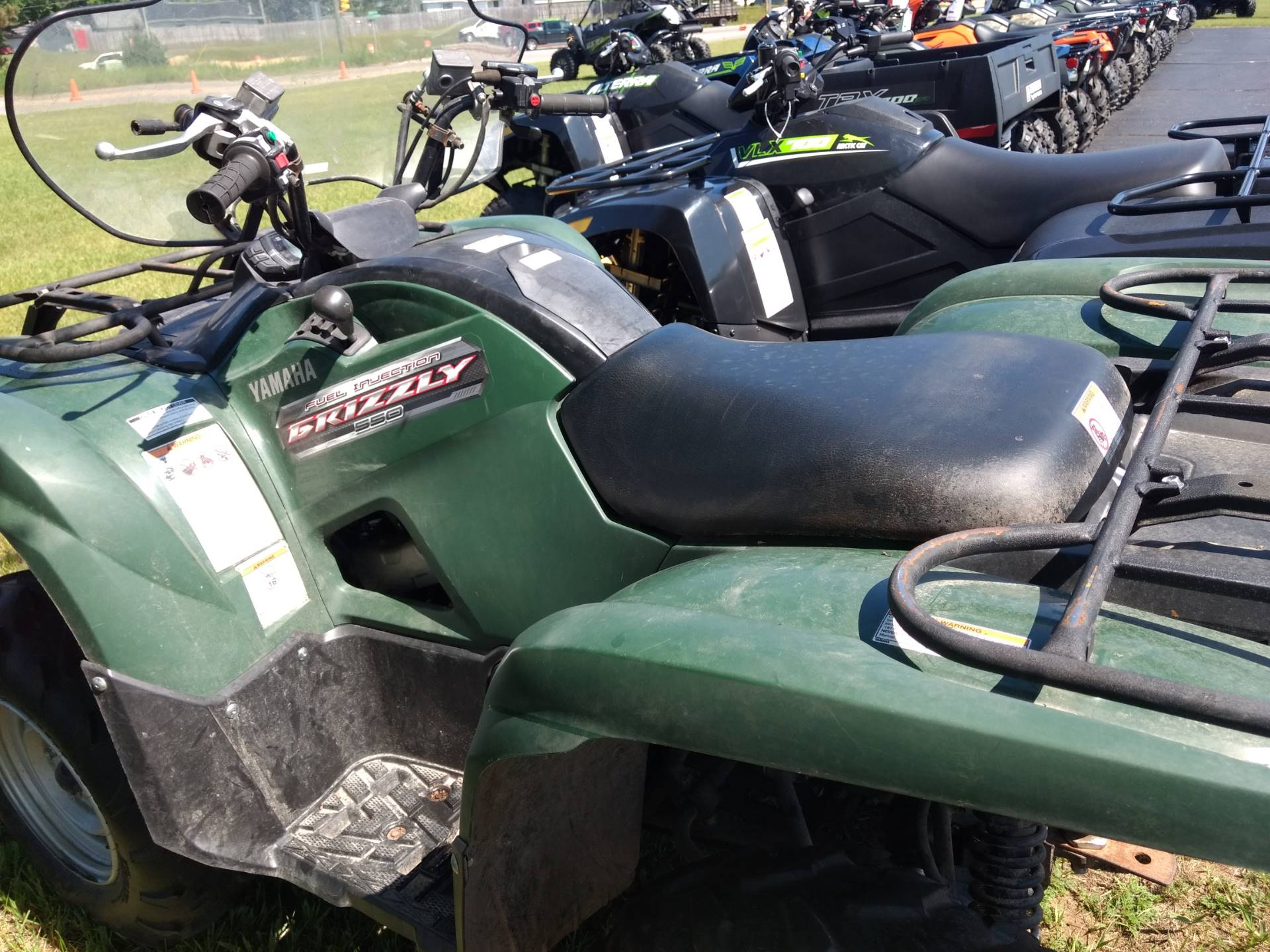 2012 Yamaha Grizzly 550 FI Auto  4x4 in Escanaba, Michigan