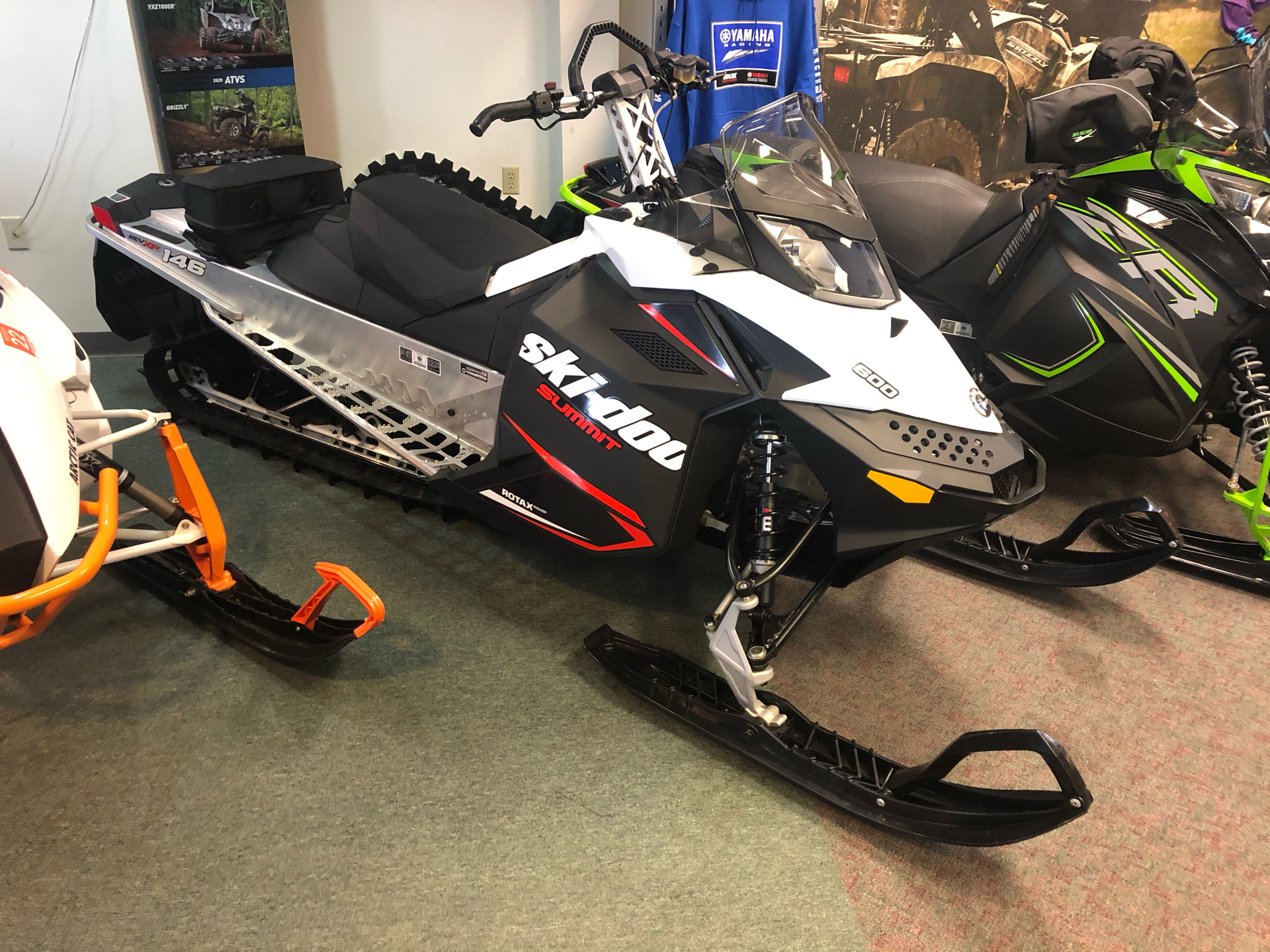 2020 Ski-Doo Summit Sport 600 Carb in Escanaba, Michigan - Photo 1