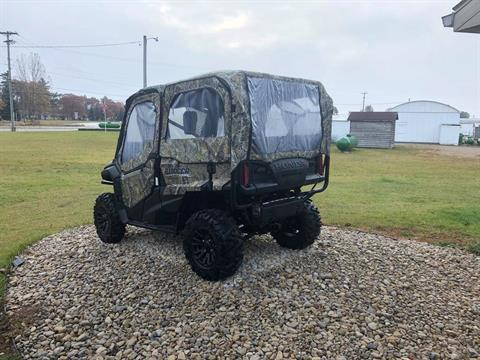 2020 Honda Pioneer 1000-5 Deluxe in Escanaba, Michigan - Photo 2
