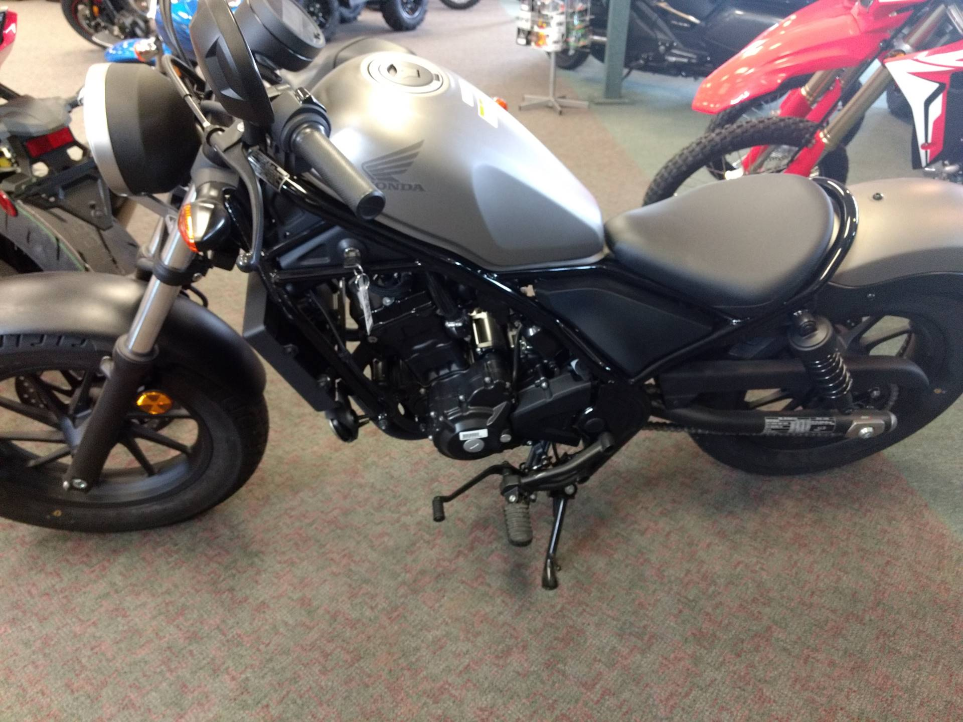2018 Honda Rebel 300 in Escanaba, Michigan - Photo 2