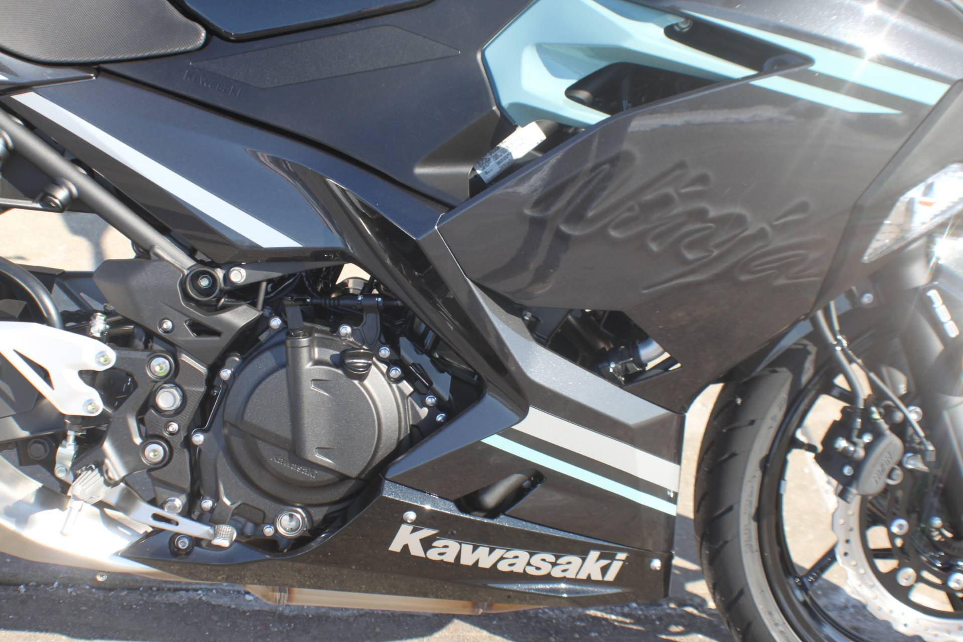 2020 Kawasaki Ninja 400 ABS in Janesville, Wisconsin - Photo 11
