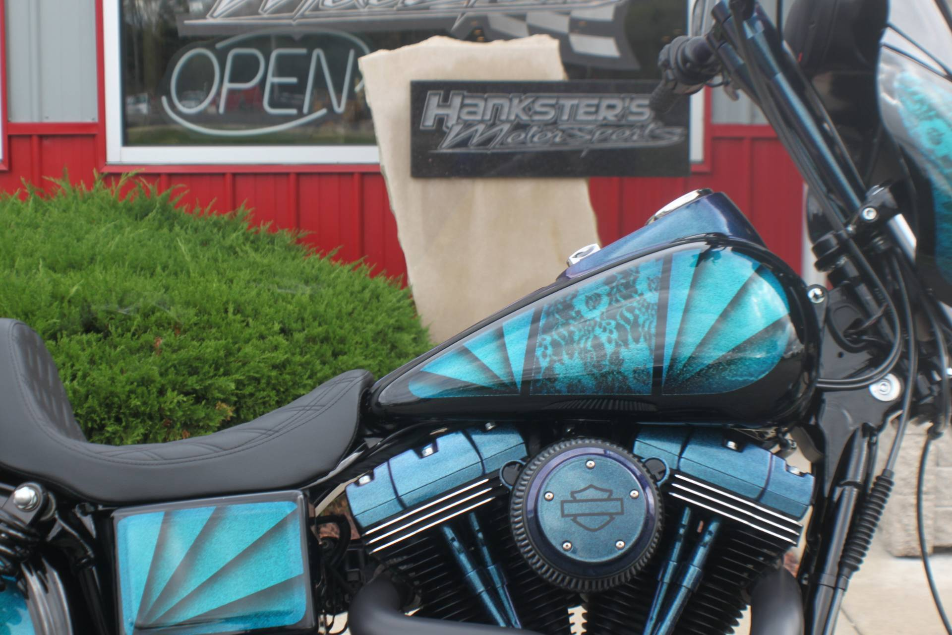 2017 Harley-Davidson Street Bob® in Janesville, Wisconsin - Photo 11