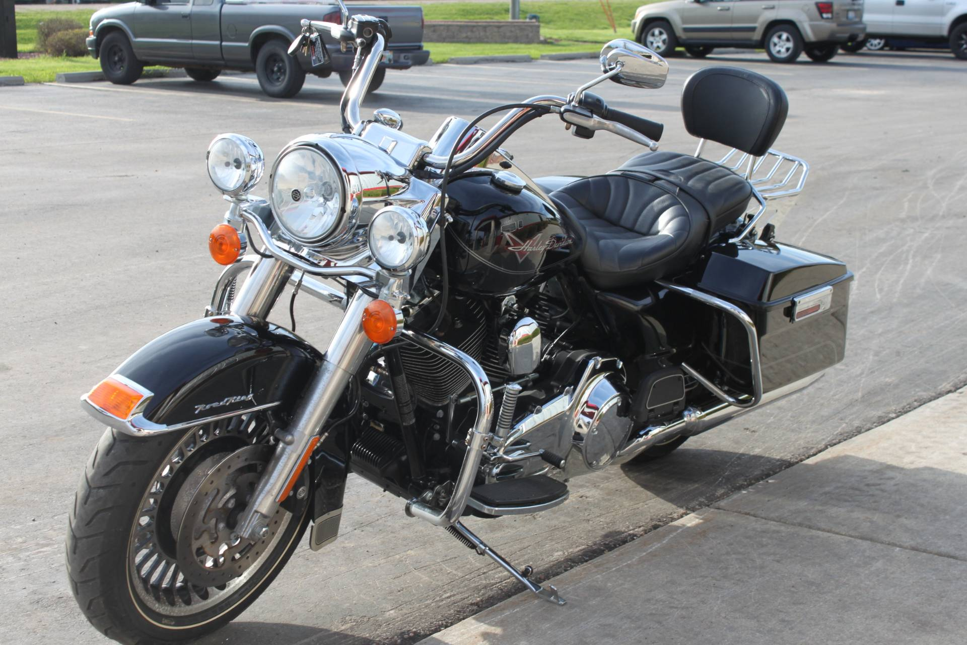 2009 Harley-Davidson Road King 4