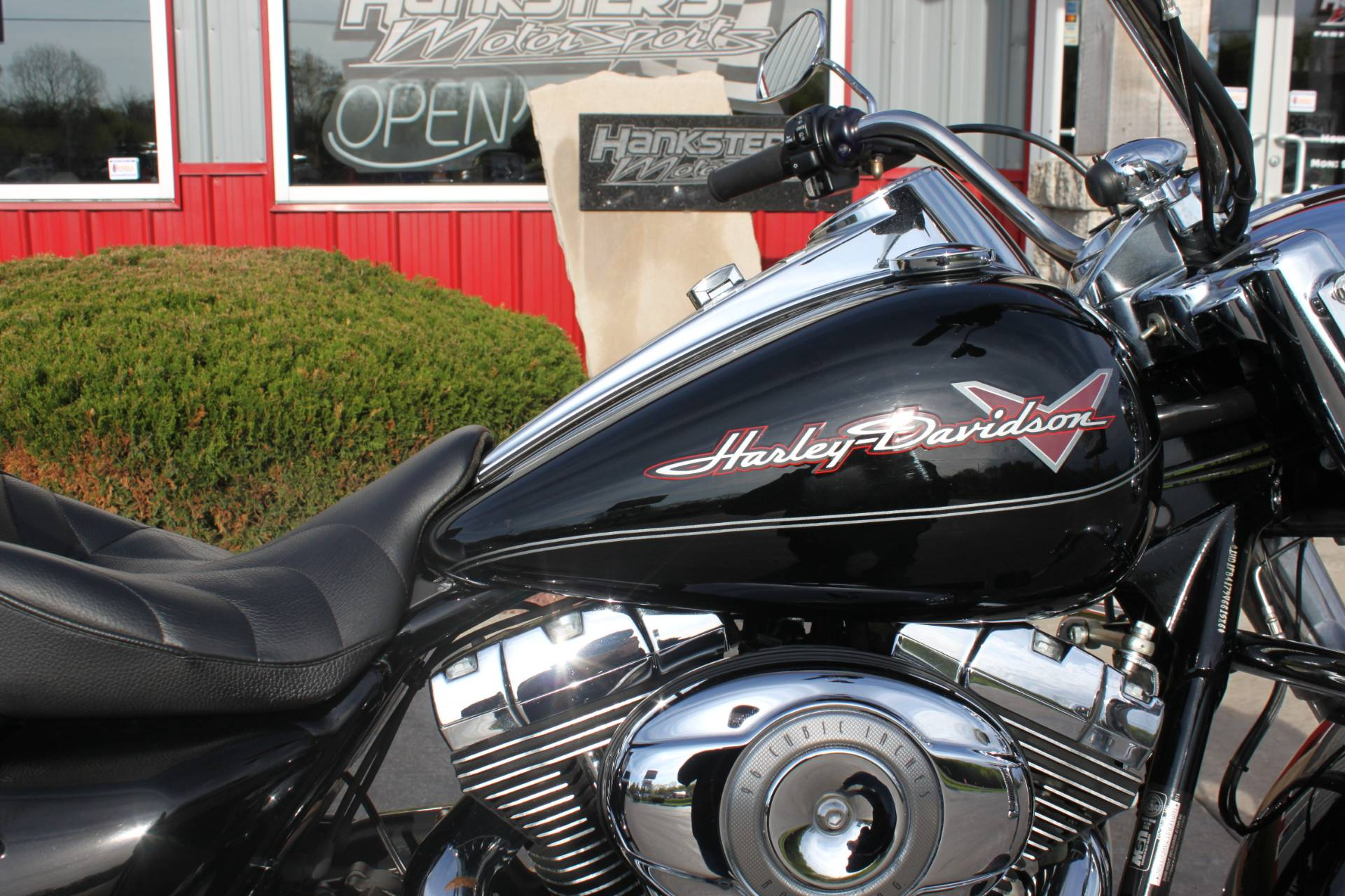 2009 Harley-Davidson Road King 10