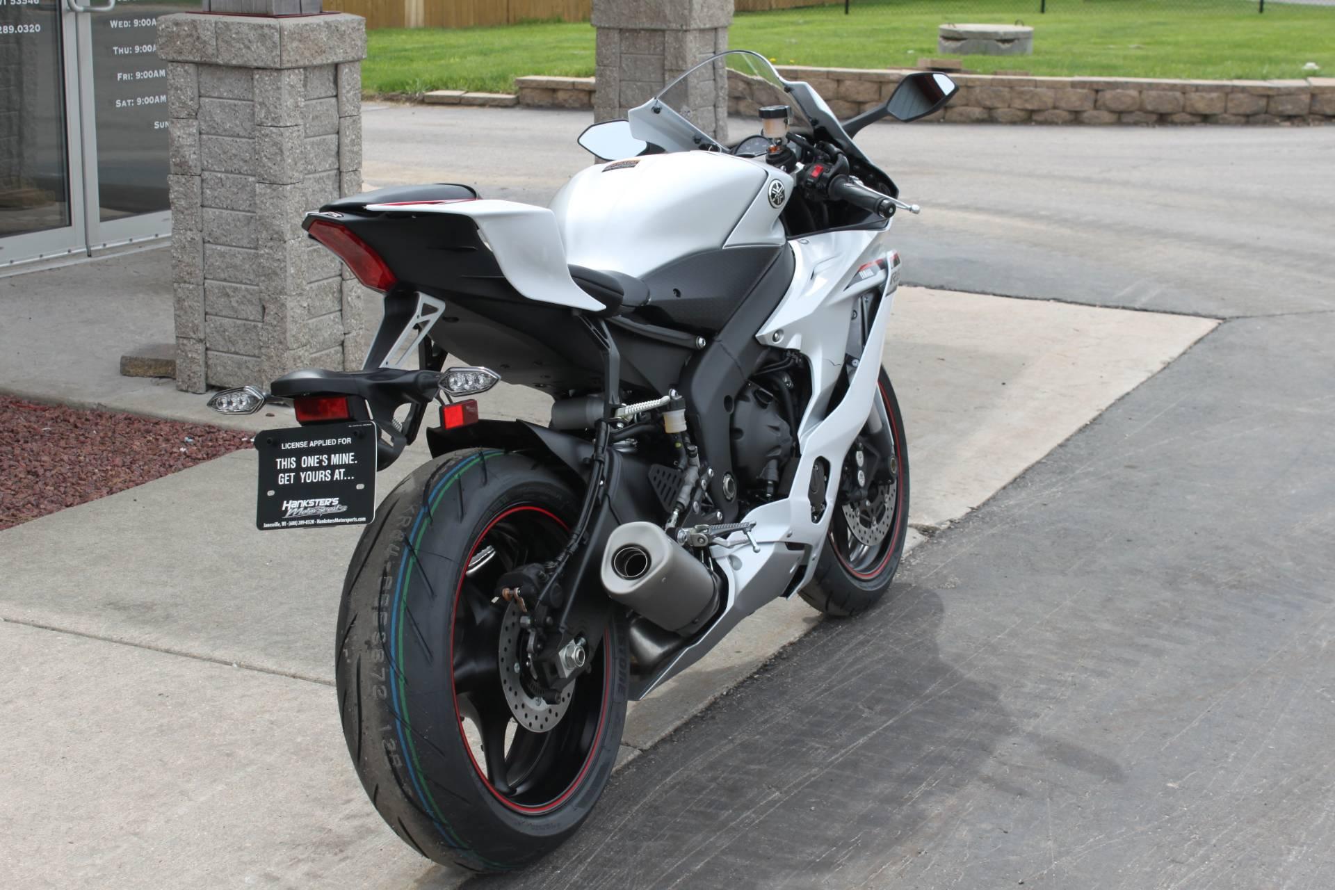 2018 Yamaha YZF-R6 8