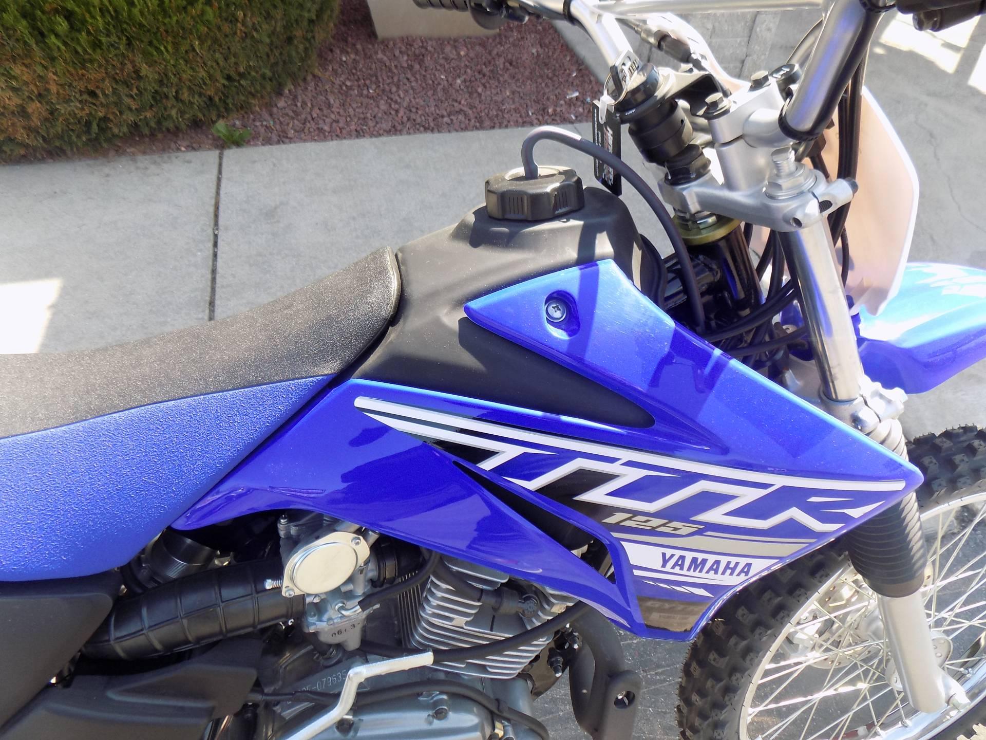 2019 Yamaha TT-R125LE 9