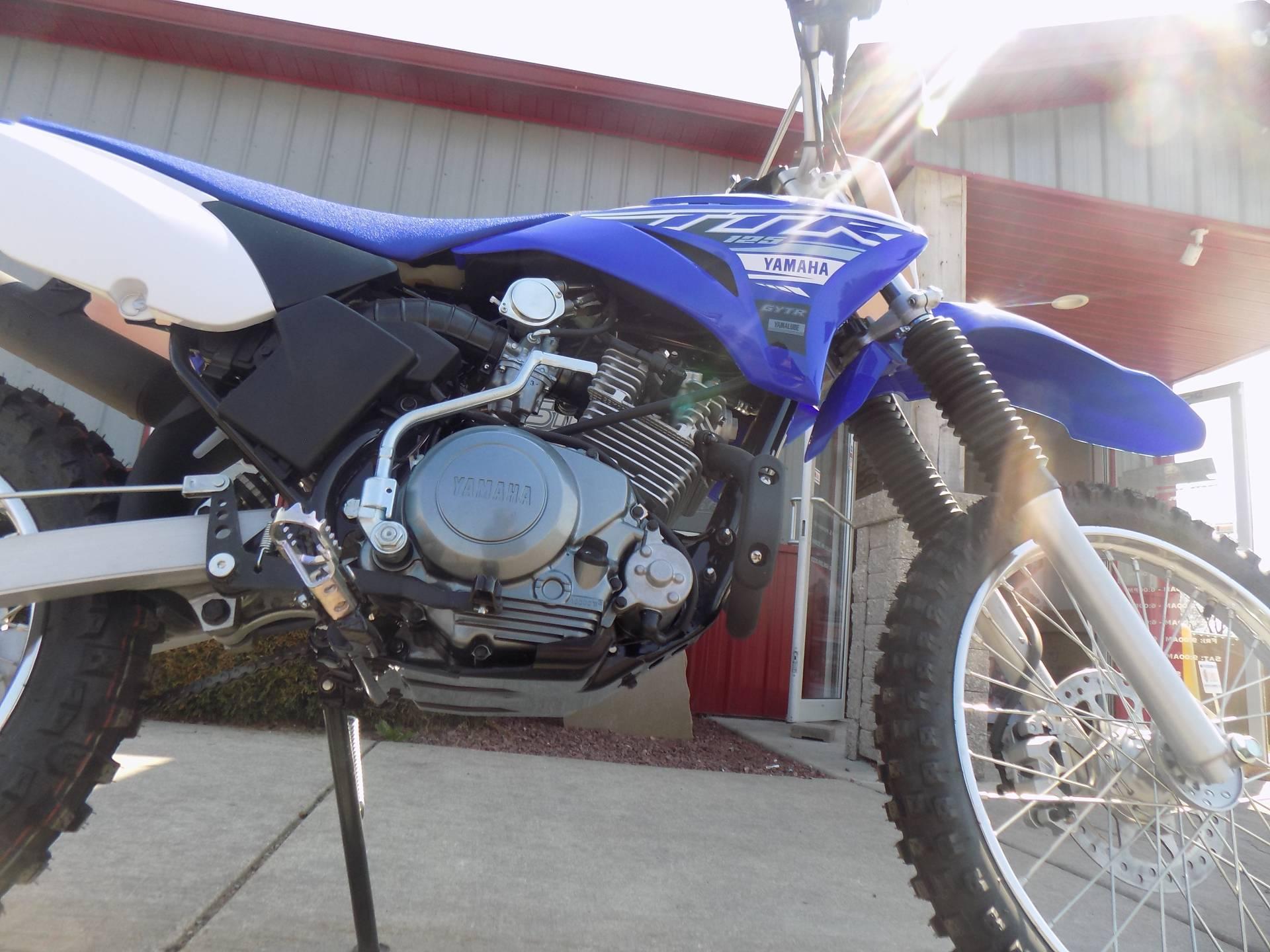 2019 Yamaha TT-R125LE 11