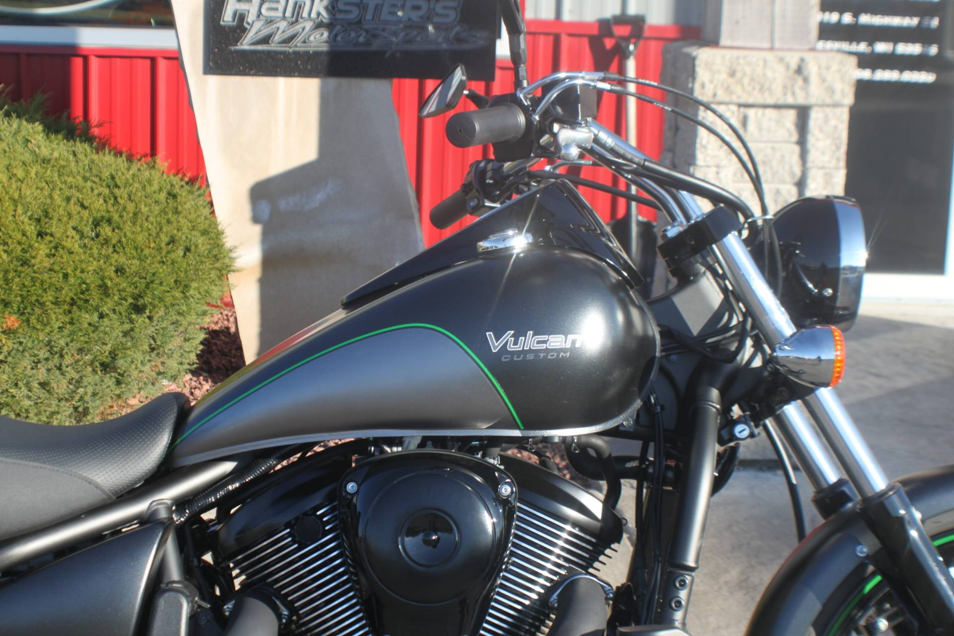 2017 Kawasaki Vulcan 900 Custom in Janesville, Wisconsin - Photo 11