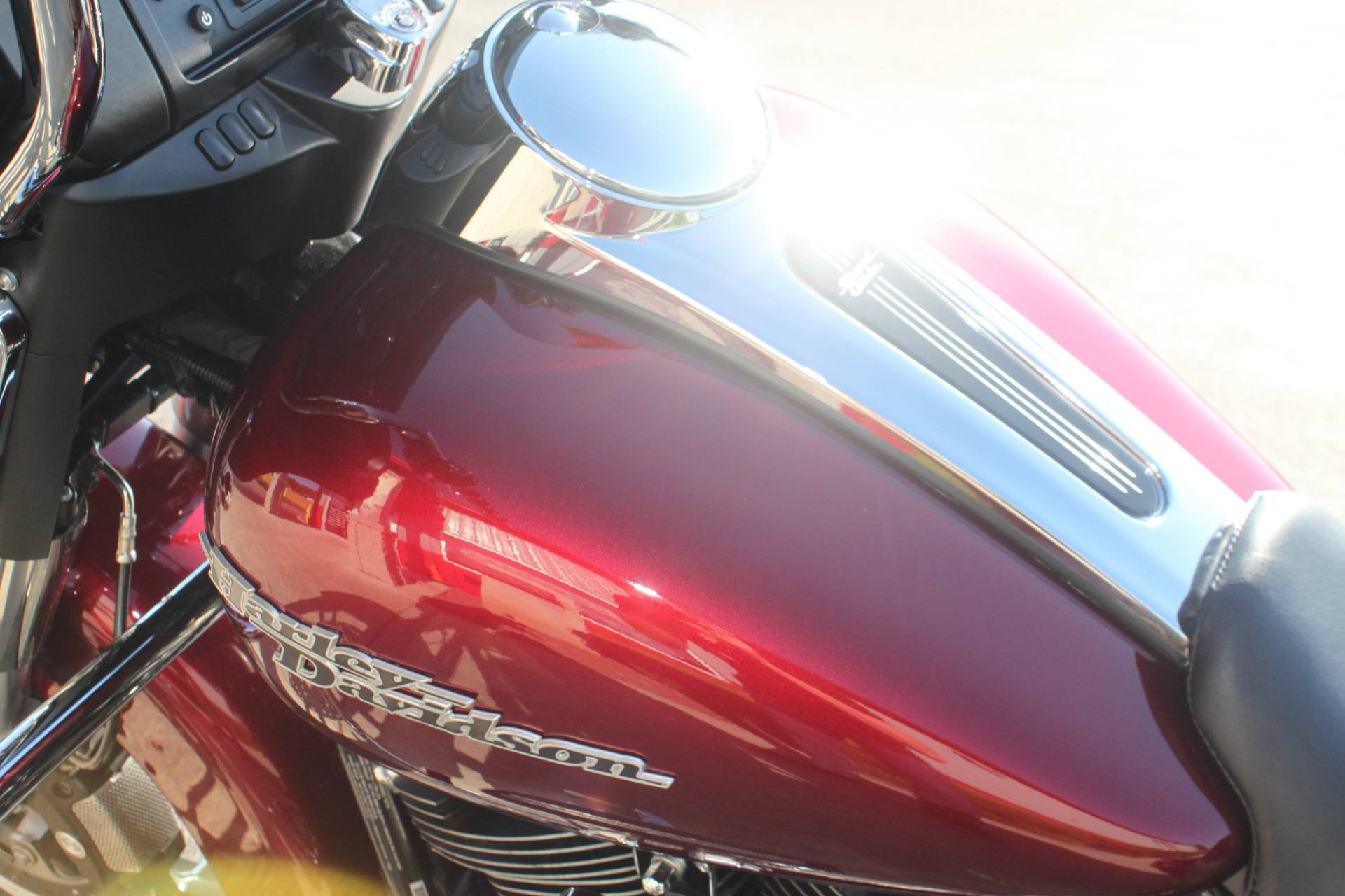 2017 Harley-Davidson Street Glide® in Janesville, Wisconsin