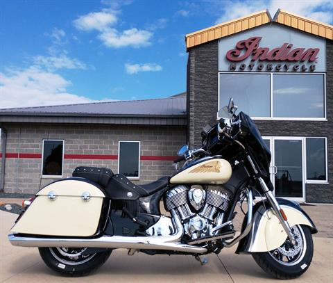2019 Indian Chieftain® Classic ABS in Ottumwa, Iowa