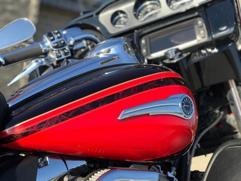 2016 Harley-Davidson Ultra Limited CVO in Ottumwa, Iowa