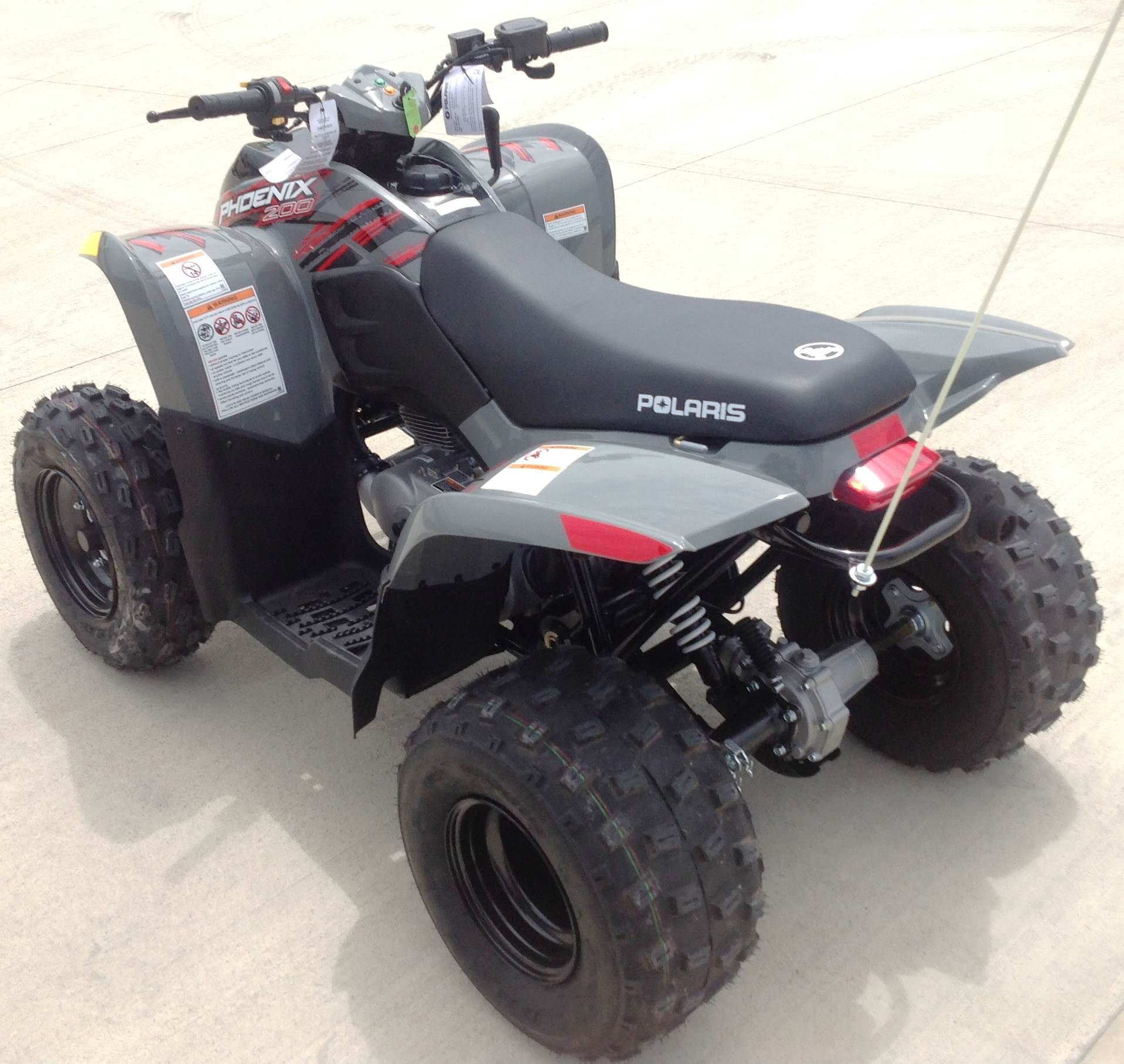 2017 Polaris Phoenix 200 in Ottumwa, Iowa