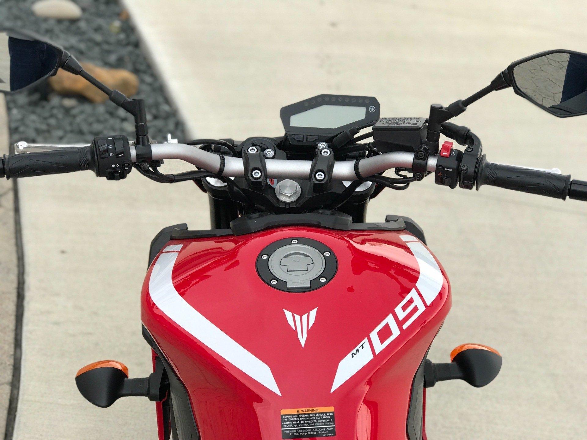 2018 Yamaha MT-09 7