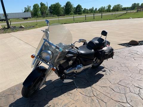 2004 Suzuki Intruder 1500 in Ottumwa, Iowa - Photo 5
