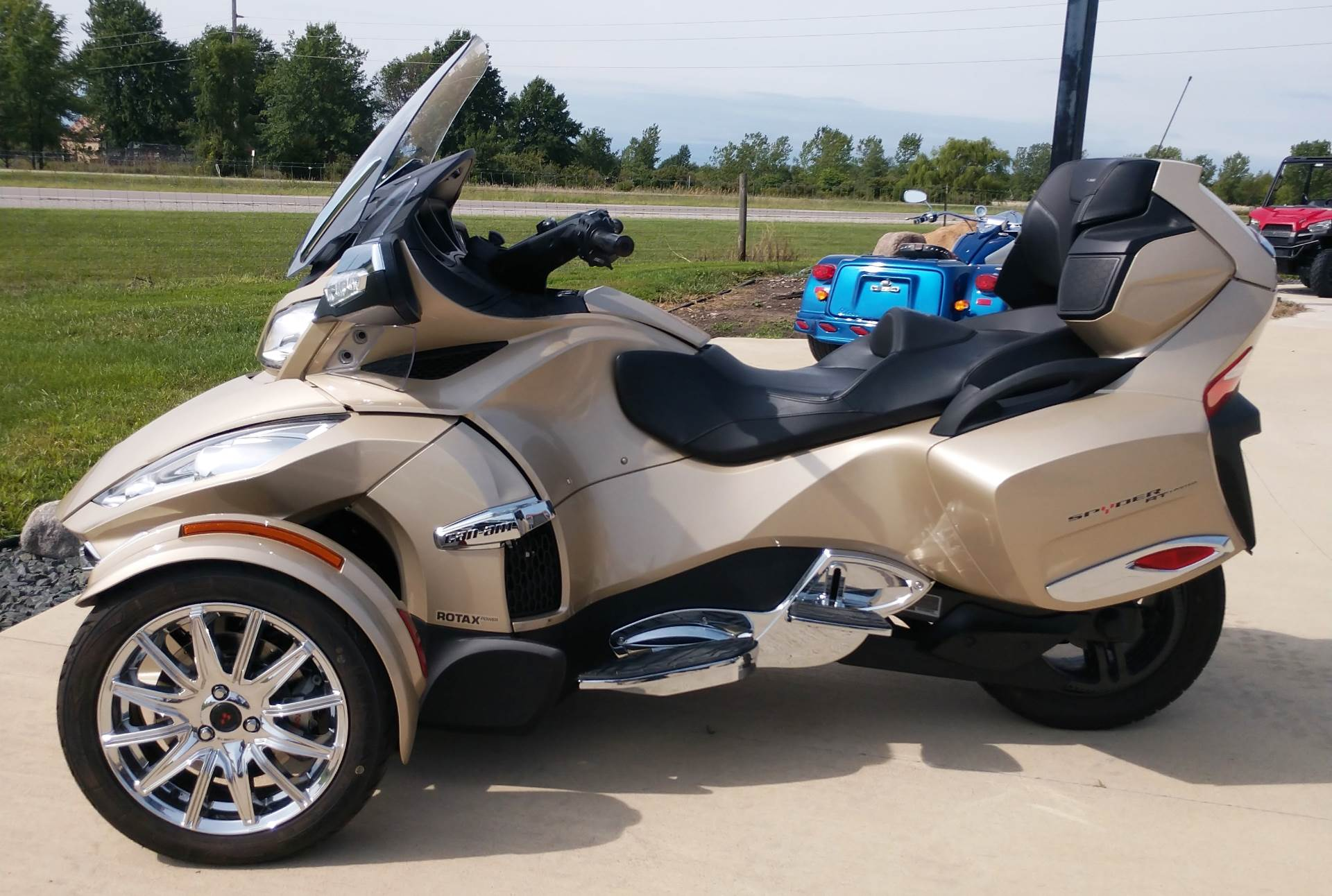 2017 Can-Am Spyder RT Limited in Ottumwa, Iowa